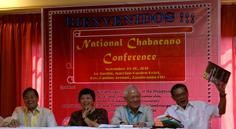 Zamboanga City Mayor Hon. Celso L. Lobregat shows off books on Chabacano while (from left)