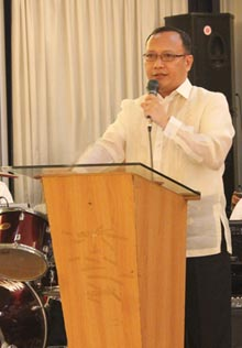PCSupt. Ramon M. Ochotorena, recipient of a Lifetime Achievement Award was the speaker during the dinner.