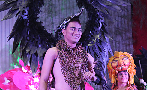 John Michael Mecua, Mr. WMSU 2014 in his fauna attire during the production number.