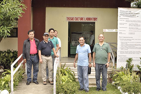 Incoming DA Sec Piñol together with Cong. Celso Lobregat, Jomar Lobregat and WMSU San Ramon officials and members